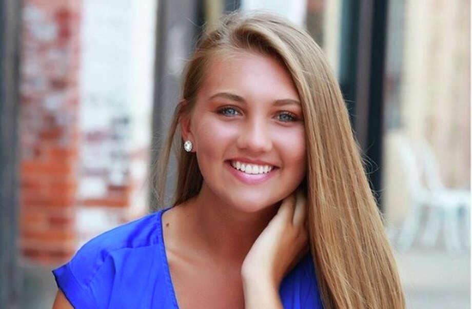Hannah Smith poses for her senior photo, circa 2018. Photo: Photo Provided