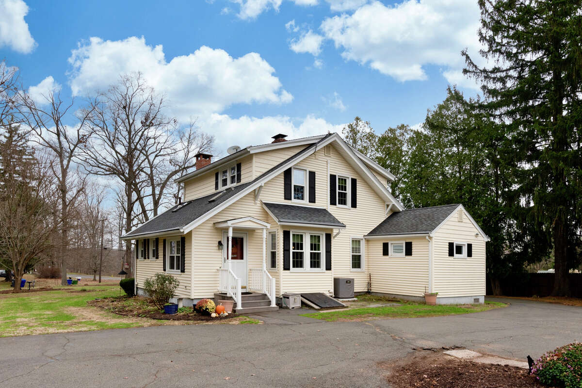 Seven-room Cape Cod house at 186 Long Hill Road, Middletown.