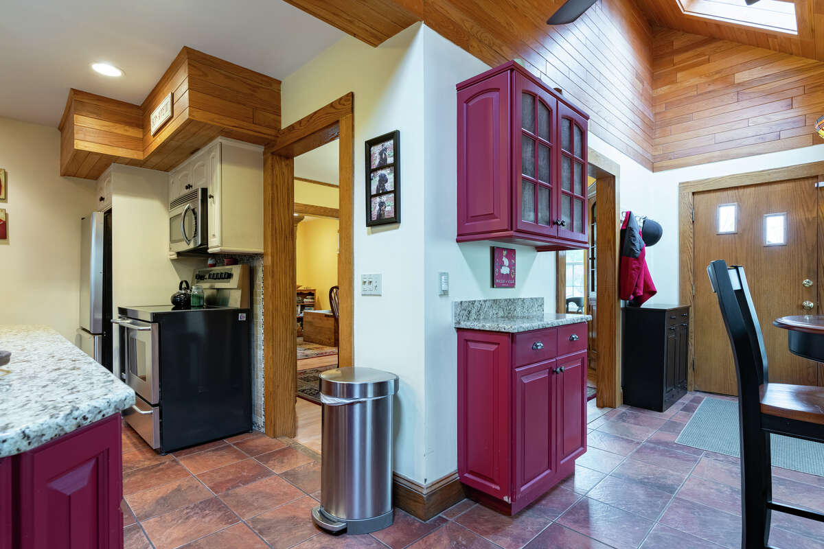 Kitchen and breakfast room at 186 Long Hill Road, Middletown.