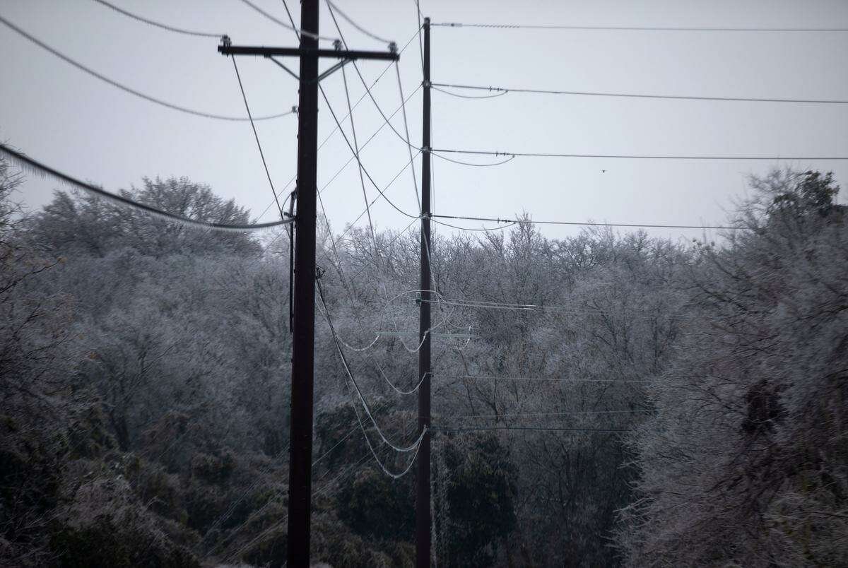 As natural gas fired plants, utility scale wind power and coal plants tripped offline due to the extreme cold brought by the winter storm, the amount of power supplied to the grid to be distributed across the state fell rapidly.