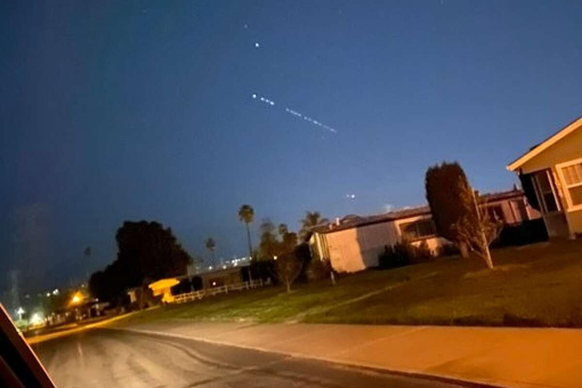 A mysterious string of lights appeared Thursday in the predawn sky over the greater Bay Area. Twitter user @JustTeresa02 captured a photo.