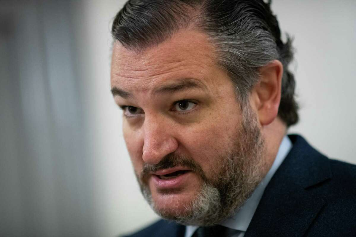 Senator Ted Cruz, a Republican from Texas, speaks to members of the media in the Senate Subway at U.S. Capitol in Washington, D.C., U.S., on Saturday, Feb. 13, 2021. The Senate voted to consider a request for witnesses at Donald Trump's impeachment trial, injecting a chaotic new element that could end up prolonging proceedings that appeared to be on track to wrap up today. Photographer: Graeme Sloan/Bloomberg