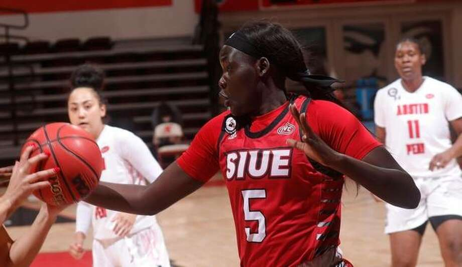 Ajulu Thatha scored a career-high 17 points in SIUE's 66-40 loss at Austin Peay on Thursday in Clarksville, Tennessee. Photo: SIUE Athletics