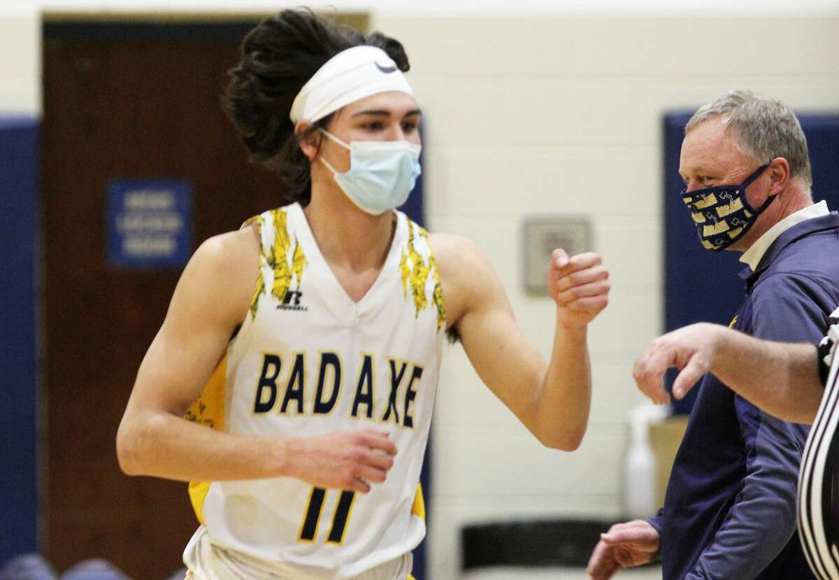 Boys teams from Greater Thumb Conference in action Thursday night.