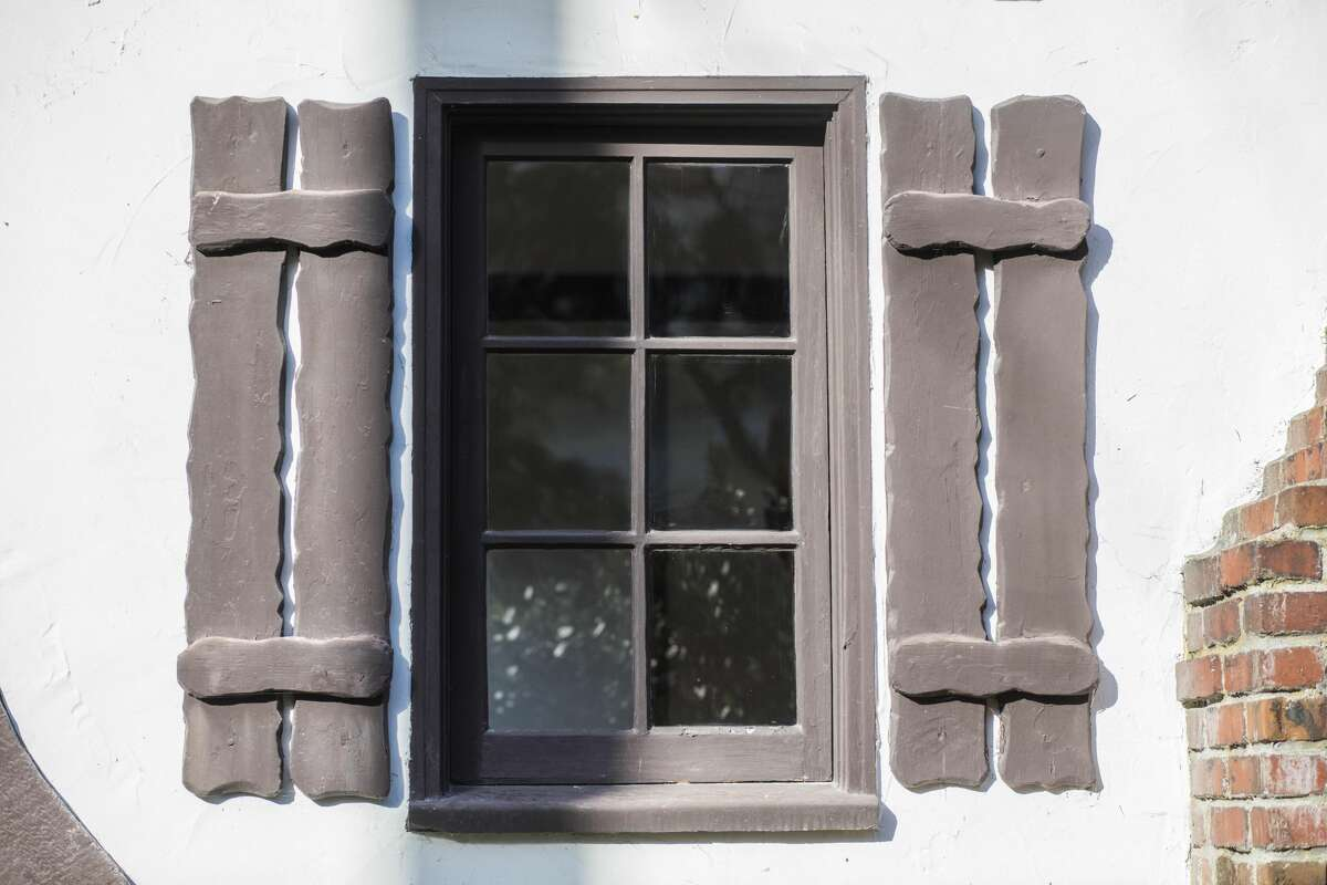Shutters that won't actually shut? Sure, because storybook.