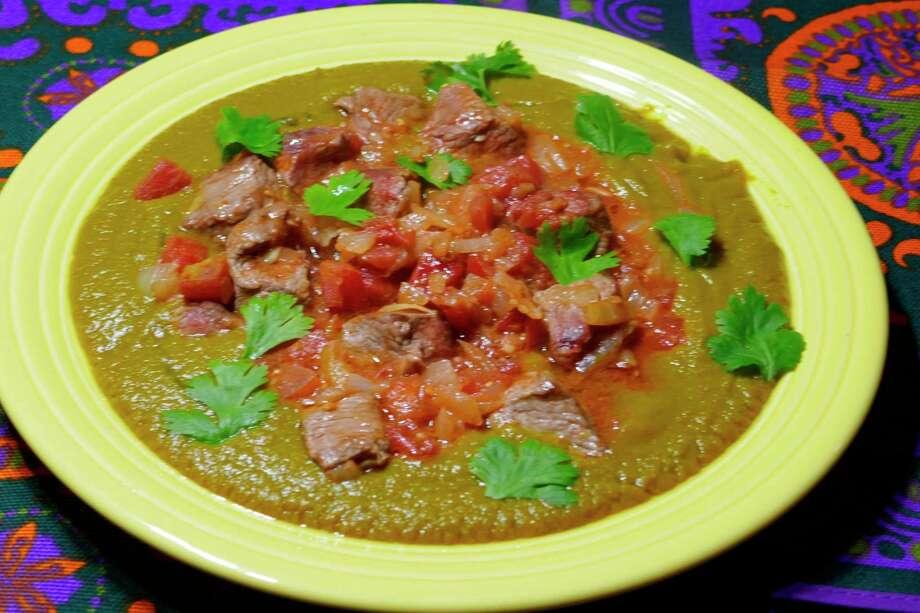 Dal gosht (lentil sauce with lamb). (Linda Gassenheimer)