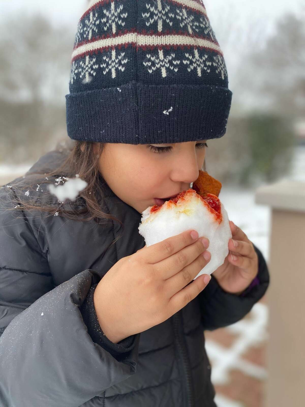 Makaylah Rose took a very San Antonio approach to snow this week.