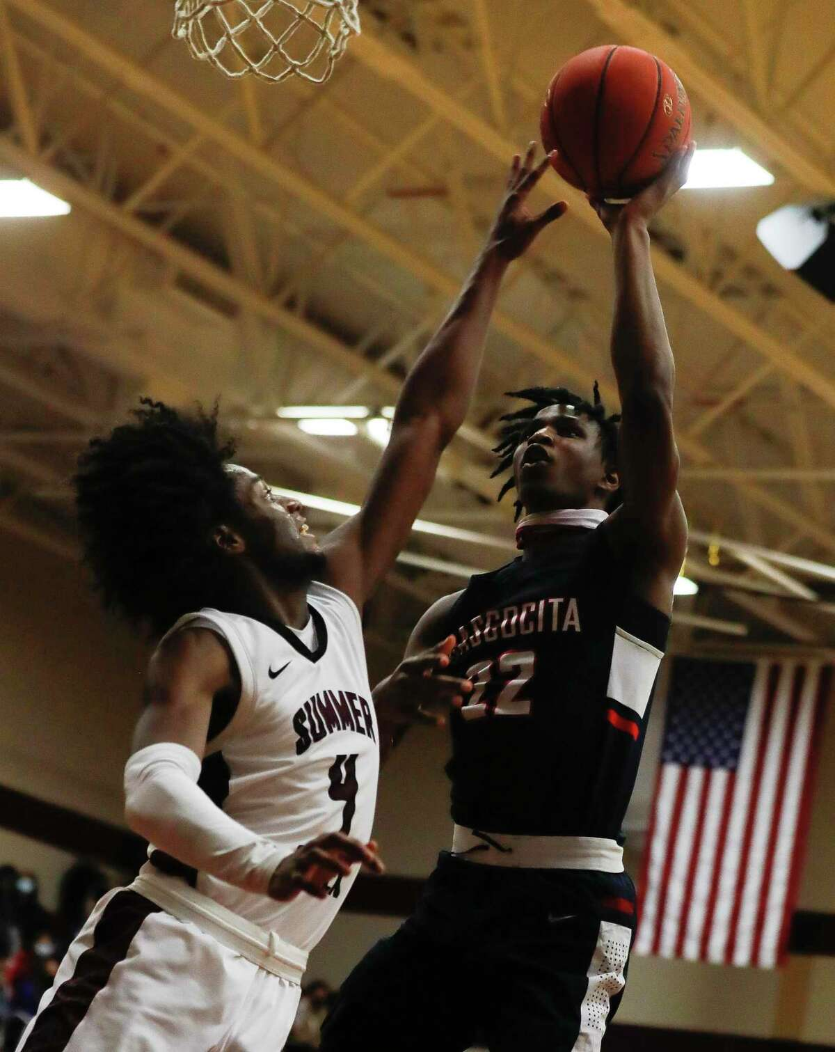 during the first quarter of a District 21-6A high school basketball game at Summer Creek High School, Wednesday, Dec. 16, 2020, in Atascocita.