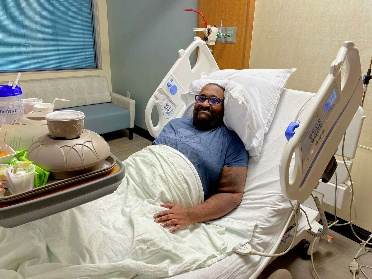Ronald Waynes suffers from severe kidney disease. During the recent cold weather, he couldn't get the dialysis treatment that keeps him healthy. On Wednesday, as it was getting increasingly difficult to breathe, he checked into a Montgomery County hospital.