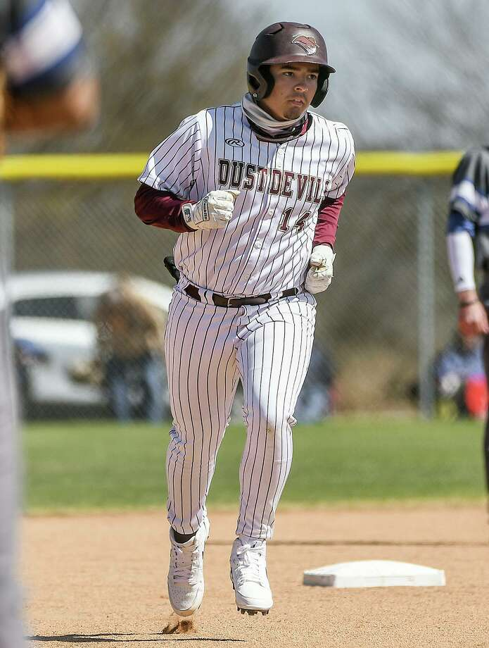 Jerry Villarreal homered in TAMIU's 12-6 victory over Texas A&M-Kingsville on Saturday. Photo: Danny Zaragoza /Laredo Morning Times