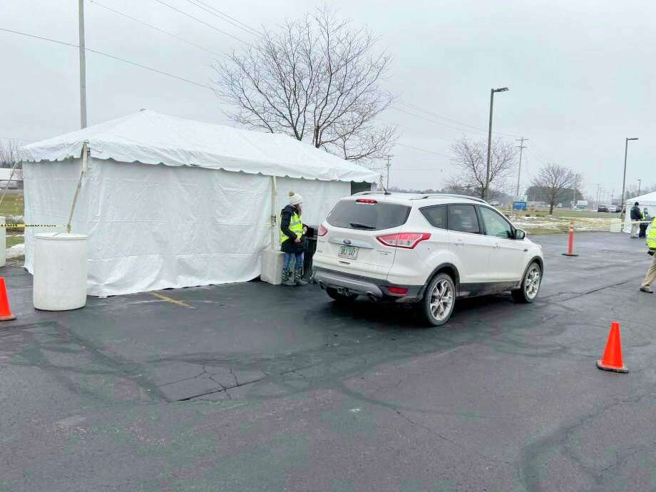 Munson Healthcare Manistee Hospital had its first drive-thru COVID-19 vaccine clinic in January. (File photo)