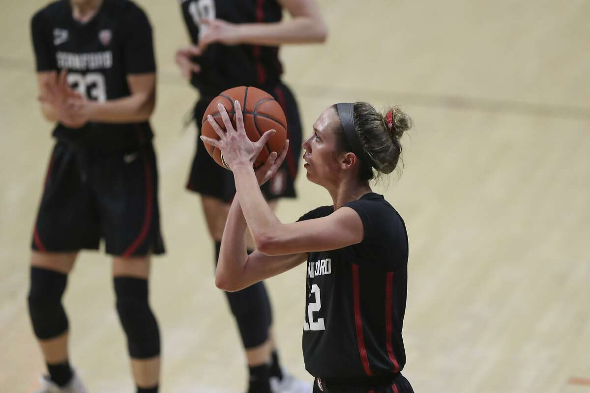 Lexie Hull and Stanford face Arizona at Maples Pavilion at 6 p.m. Monday (ESPN2).