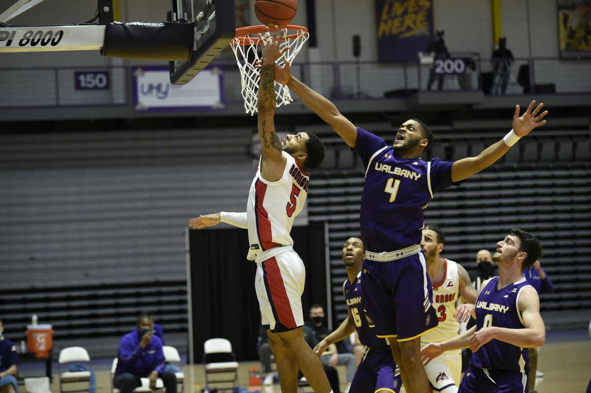 Jarvis Doles (4), who has entered the transfer portal, said he wants to get better acquainted with new UAlbany coach Dwayne Killings before making any decisions on whether he will stay at the school or look elsewhere. (Kathleen Helman/UAlbany athletics)