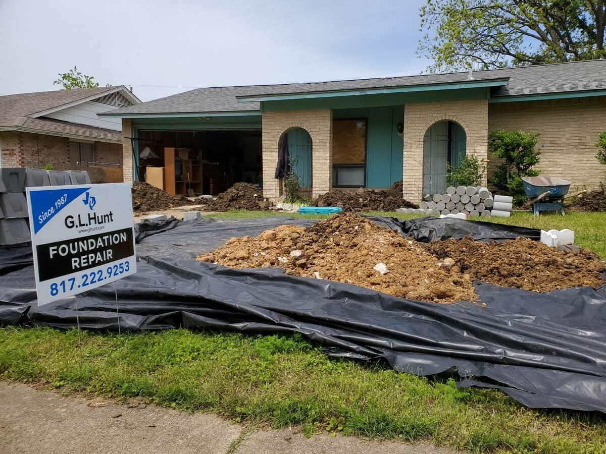 The cost of foundation repairs can vary depending on the type of structure and extent of the symptoms.According to the Total Foundation Repair website, the average cost is slightly more than $4,000.