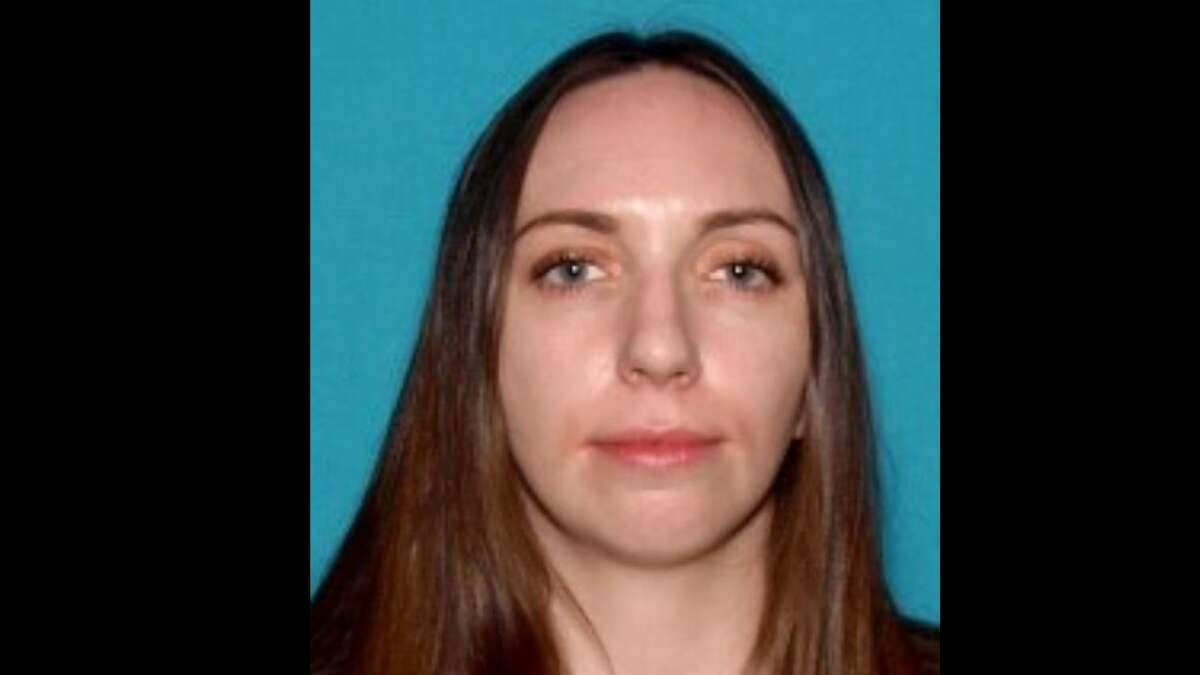 Bay Area police are seeking to contact Kimberly Meeks, 31, of Discovery Bay and her 4-year-old son.