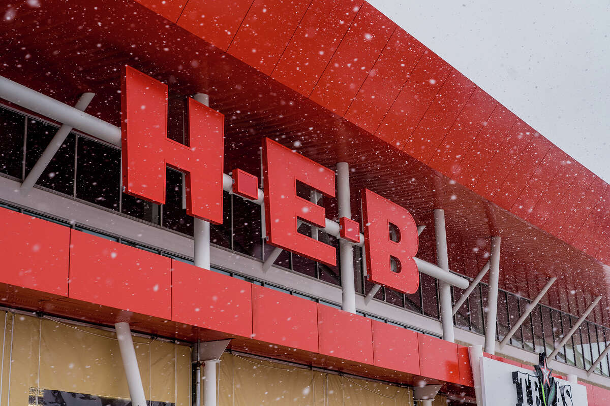 They come through when customers need itDuring the winter storm when Texas was left without basic necessities, like power and water, H-E-B adjusted by changing store hours and adding to a product limit list that's been used throughout the coronavirus pandemic.