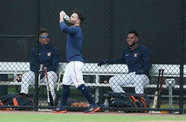 Houston Astros second baseman Jose Altuve drinks water as he prepared to hit during the first full squad workouts for the Astros, in West Palm Beach, Florida, Monday, February 22, 2021. Photo: Karen Warren, Staff Photographer / @2021 Houston Chronicle