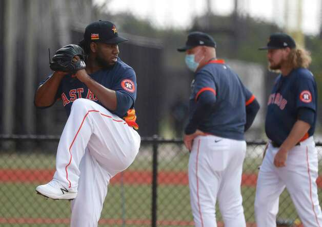 Houston Astros pitcher Pedro Baez throws a bullpen session during the first full squad workouts for the Astros, in West Palm Beach, Florida, Monday, February 22, 2021. Photo: Karen Warren, Staff Photographer / @2021 Houston Chronicle