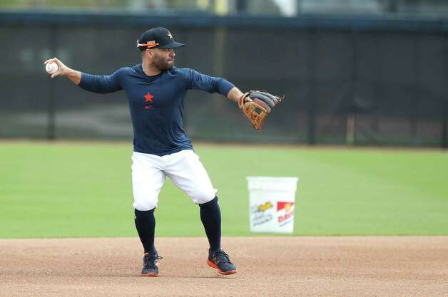 Houston Astros second baseman Jose Altuve throws during a drill during the first full squad workouts for the Astros, in West Palm Beach, Florida, Monday, February 22, 2021. Photo: Karen Warren, Staff Photographer / @2021 Houston Chronicle