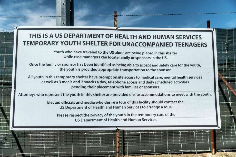 A sign outside of the facility. Photo: Photo By Sergio Flores For The Washington Post. / For The Washington Post