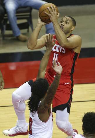 Houston Rockets guard Eric Gordon (10) goes for a lay up during the second quarter of a NBA game against the Chicago Bulls Monday, Feb. 22, 2021, at Toyota Center in Houston. Photo: Yi-Chin Lee/Staff Photographer / © 2021 Houston Chronicle