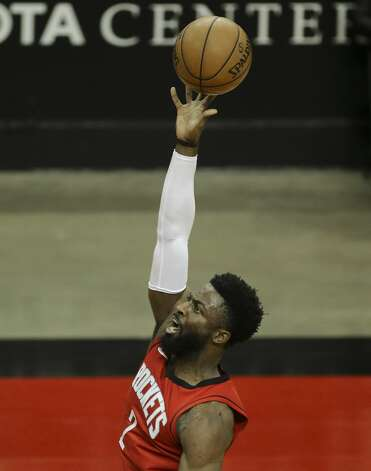 Houston Rockets guard David Nwaba (2) attempts for a shot during the second quarter of a NBA game against the Chicago Bulls Monday, Feb. 22, 2021, at Toyota Center in Houston. Photo: Yi-Chin Lee/Staff Photographer / © 2021 Houston Chronicle