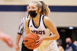 More than two weeks into the condensed 2020-2021 prep basketball season, the Unionville-Sebewaing girls basketball team has managed to remain unbeaten, improving to 6-0 on Monday night after defeating the visiting Sandusky Redskins.