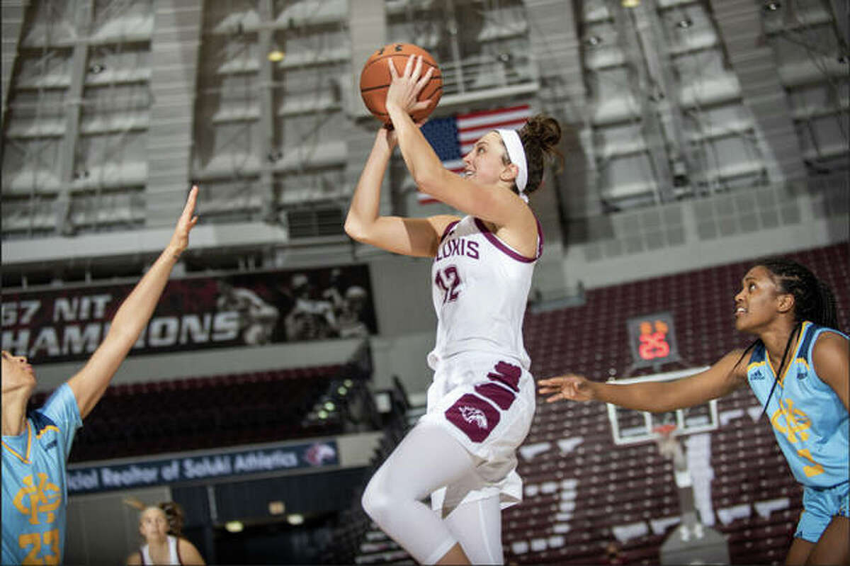 SIUC senior guard Makenzie Silvey puts up a shot from the baseline during a game for the Salukis.