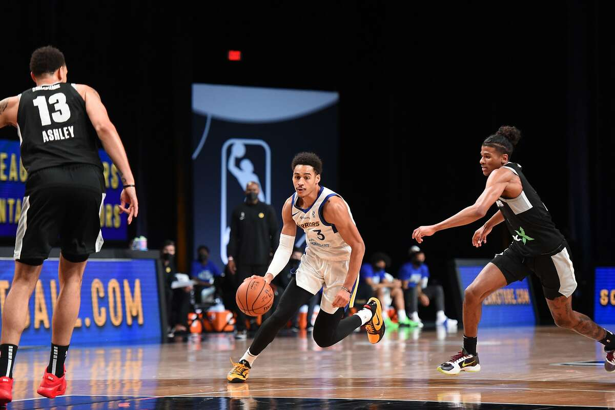 In eight games with the Santa Cruz Warriors this season, Jordan Poole is averaging 22.4 points on 43.7% shooting (35.9% from 3-point range), 3.8 assists and 4.4 rebounds.