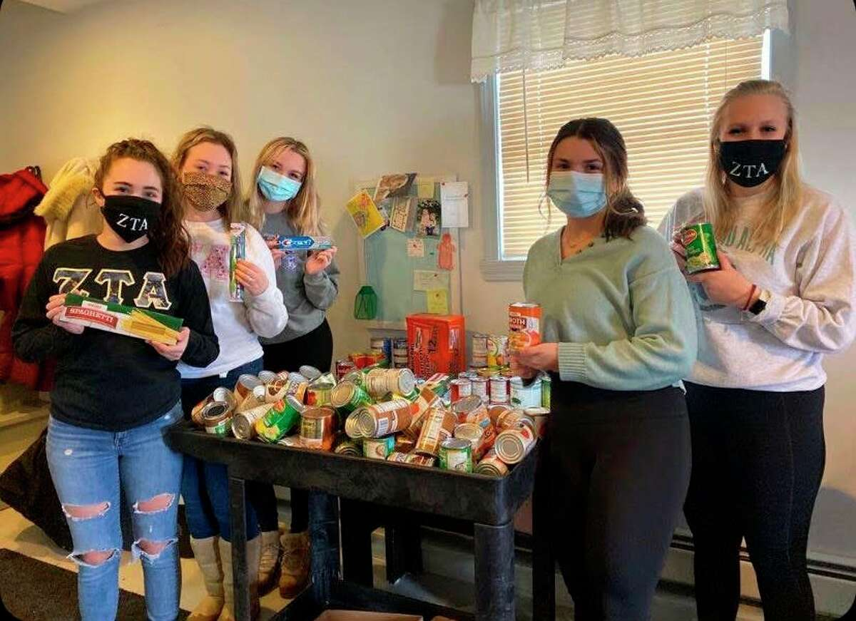 Pictured from left to right is Jayme Bergman, Alexis Mathews, EmaLee Wiersma, Alyssa Rickert, and Tylee Knieper. (Submitted photo)