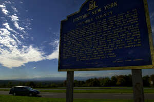 Times Union Staff photograph by Philip Kamrass -- Northbound traffic passes a rest stop in the town of Ghent near Harlemville on the Taconic State Parkway Thursday afternoon , September 28, 2000.