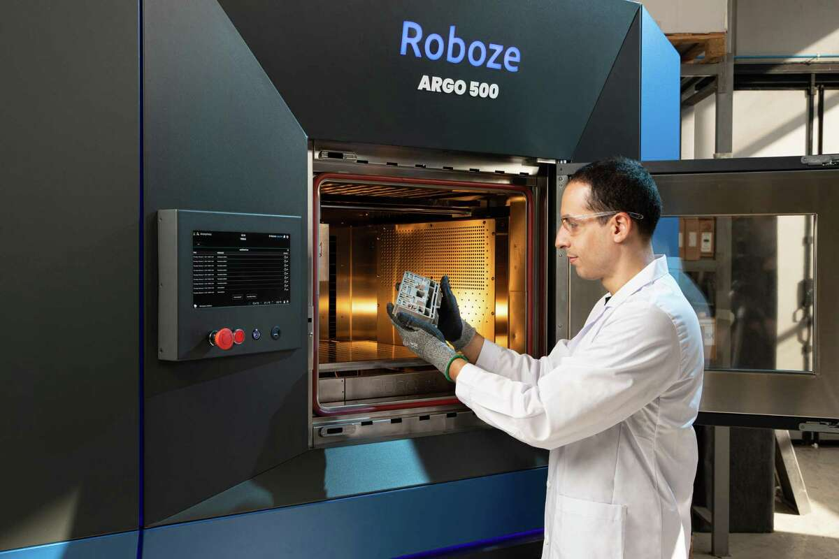 Roboze, a 3D printing company based in Bari, Italy, opened a U.S. headquarters in Houston. The company serves the aerospace, oil and gas, energy, medical and manufacturing industries.