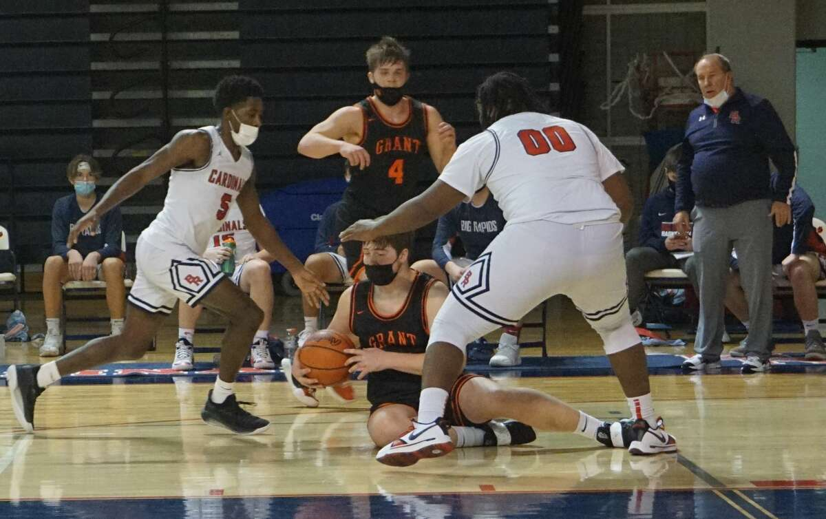 The Big Rapids boys' basketball team defeated Grant at home on Tuesday night.