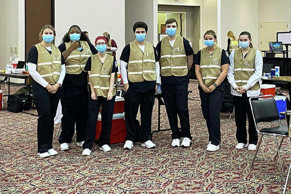 SIUE School of Nursing students assist in a local immunization clinic.