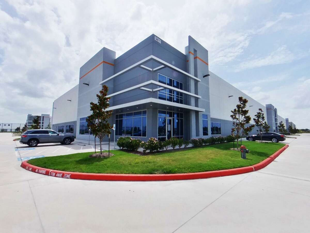Waypoint Business Park is a joint venture of 4M Investments and Clarion Partners near Beltway 8 and U.S. 90 in Missouri City. AZ Partsmaster has leased space in the development.