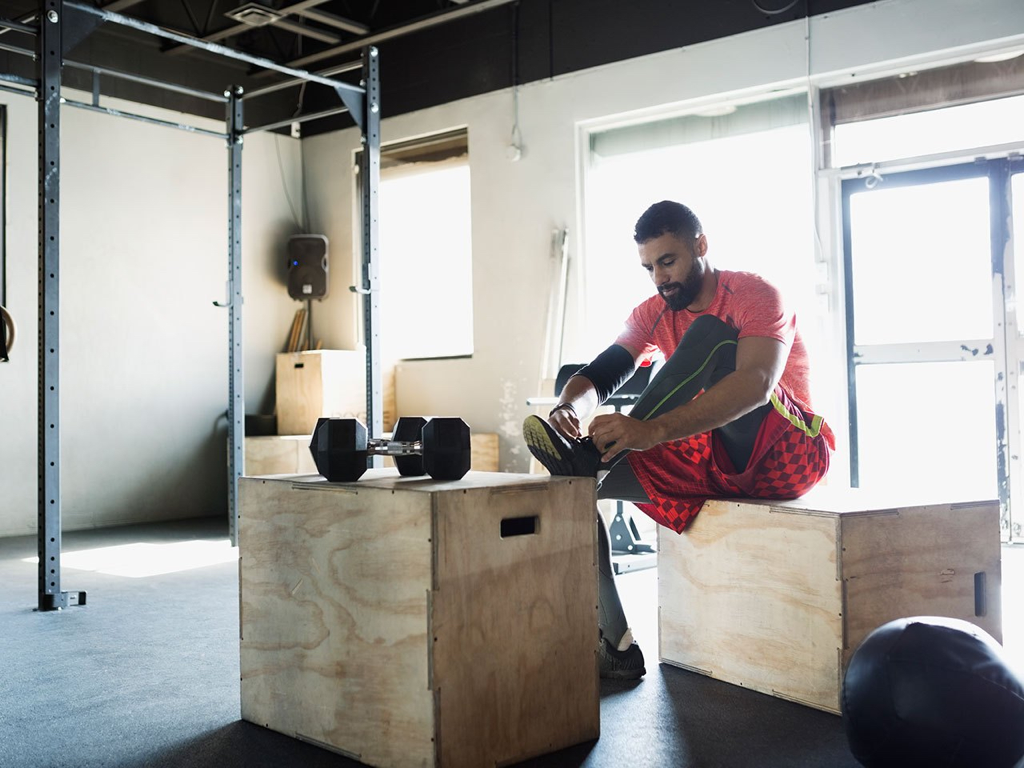 Since the functional fitness training demands a lot from your body, finding the right shoes can be a challenge.
