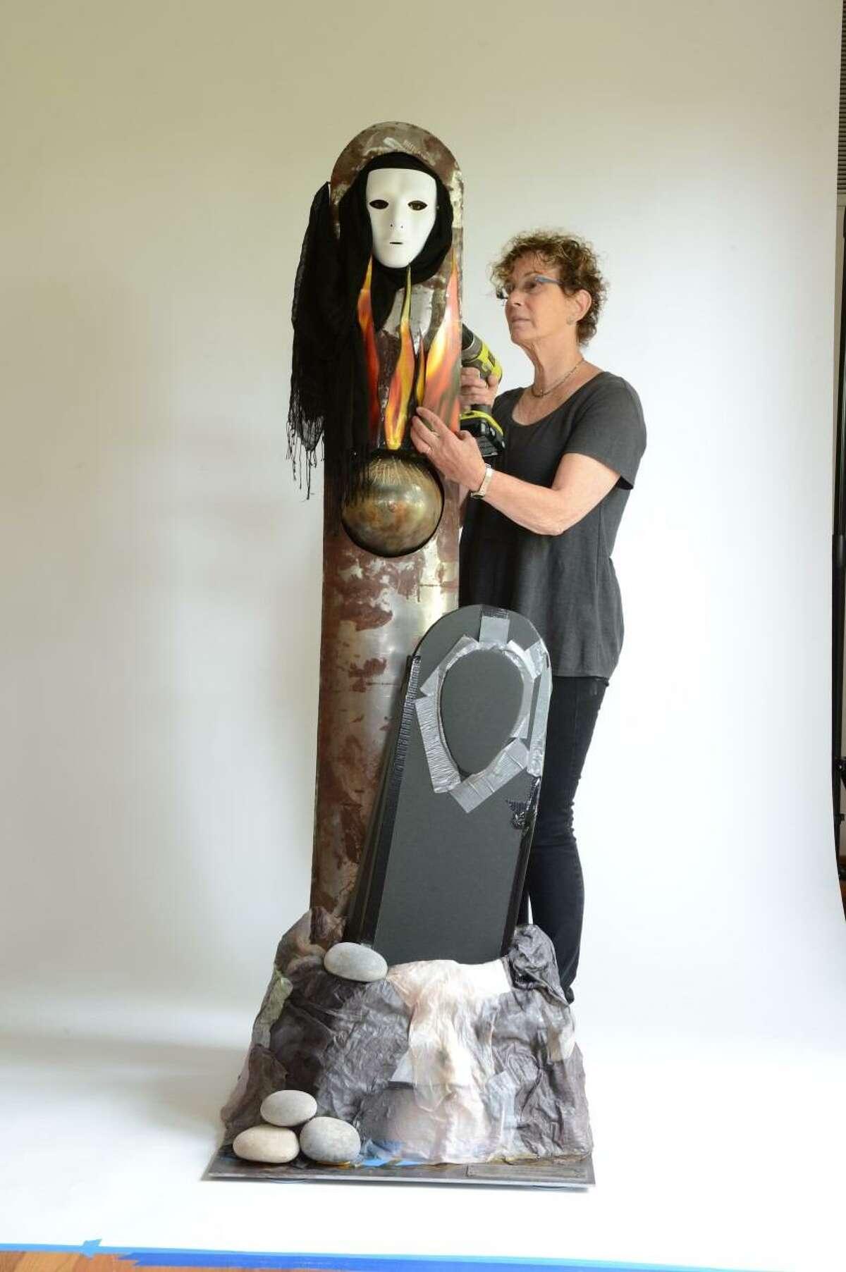 Artist Ann Weiner
