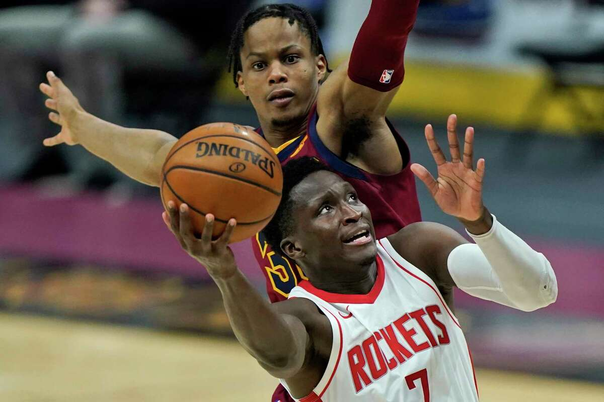 Victor Oladipo returned to the lineup Wednesday in Cleveland but it didn't do much to change the Rockets' fortunes as they lost their ninth straight game.