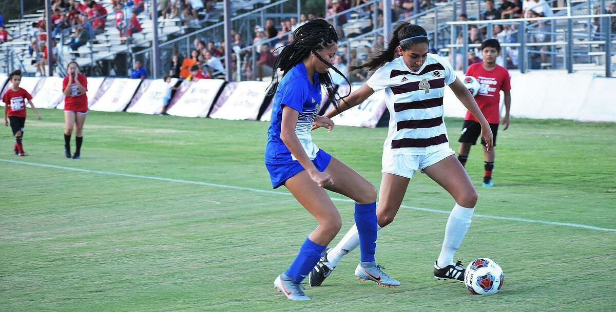 Izabella Correa and TAMIU fell 2-0 at St. Mary's on Wednesday in the first game of the season.