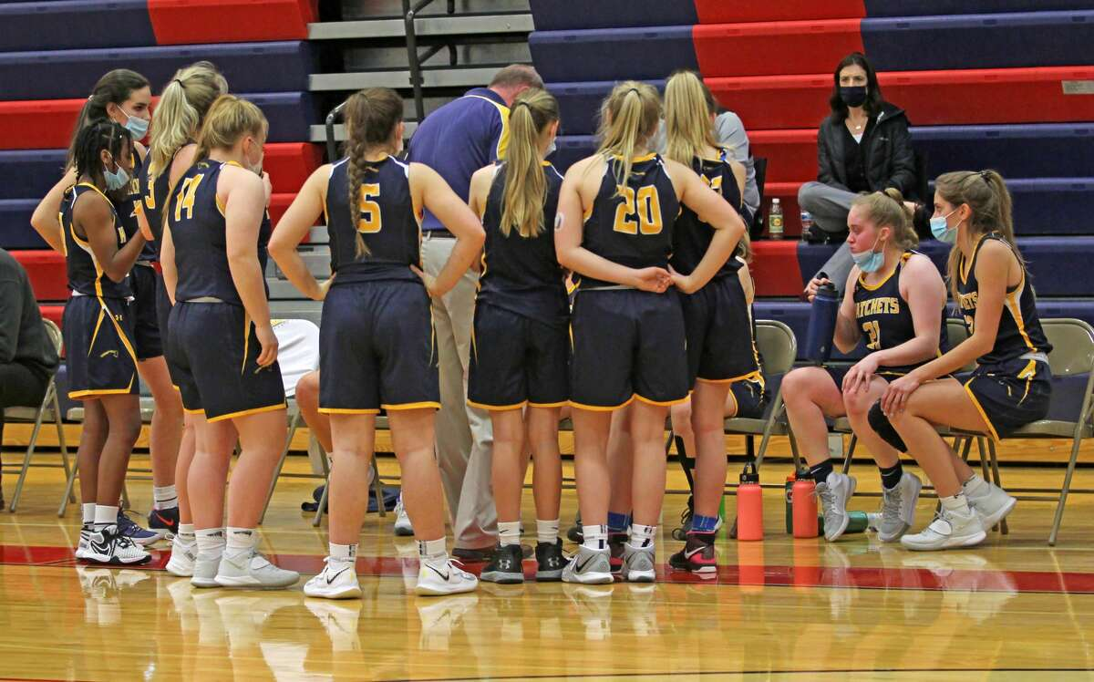 The Bad Axe girls basketball team wrapped up the 2020-2021 regular season with a 57-22 victory at Vassar on Tuesday night.