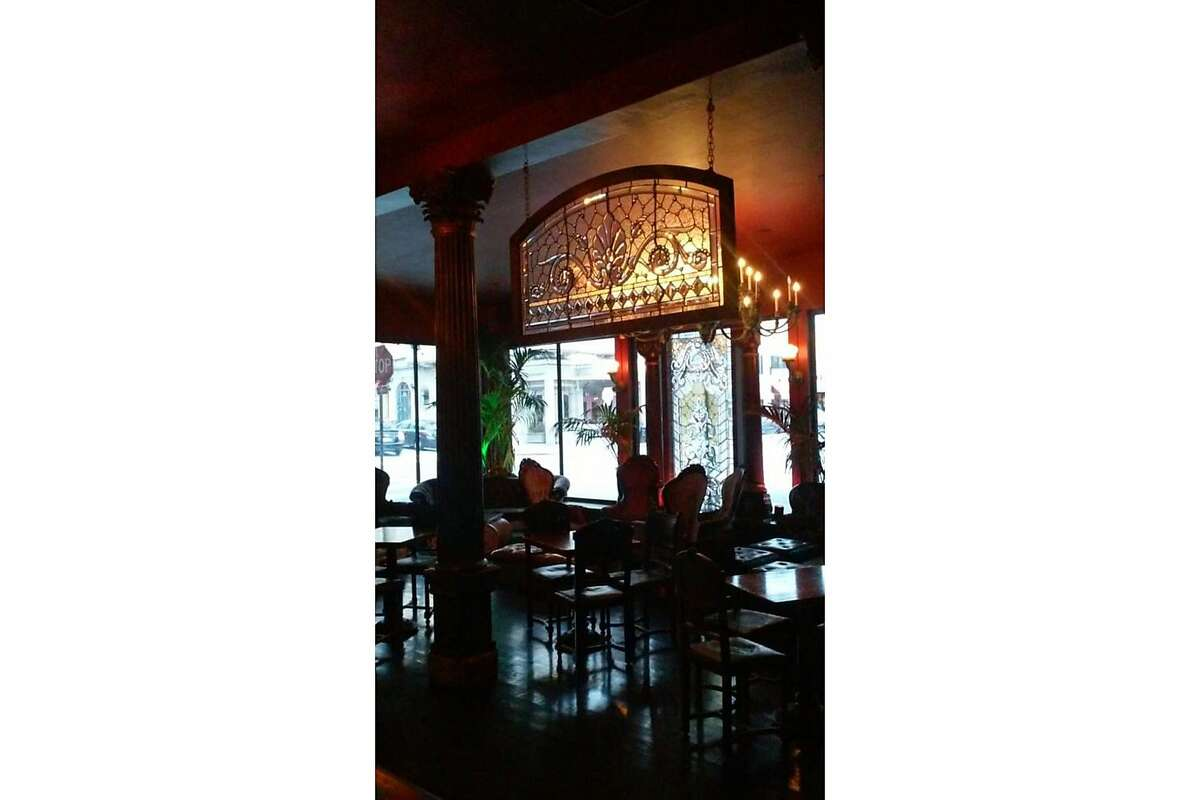 Royal Oak, a bar at 2201 Polk St., San Francisco, is one of the city's last-remaining fern bars. The interior is decked out with Victoria-era furniture, Tiffany lampshades and stained glass.