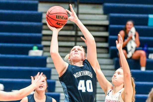 Northwood's Alana Nelson goes up strong during a Jan. 9, 2021 game against Davenport. Nelson led the Timberwolves to a stunning victory over No. 18 Grand Valley on Friday.