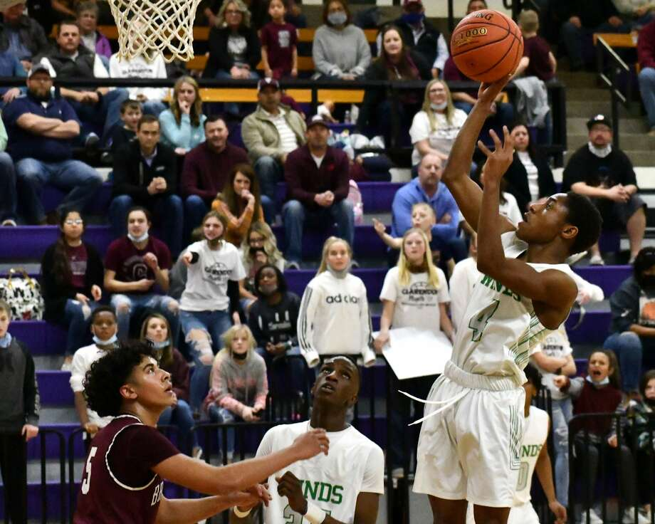 The 24th-ranked Floydada Whirlwinds concluded their season with a 62-52 loss to No. 2 Clarendon in the region quarterfinals of the Class 2A boys basketball playoffs on Friday at Canyon. Photo: Nathan Giese/Planview Herald