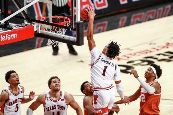 LUBBOCK, TEXAS - FEBRUARY 27: Guard Terrence Shannon #1 of the Texas Tech Red Raiders dunks the ball during the first half of the college basketball game against the Texas Longhorns at United Supermarkets Arena on February 27, 2021 in Lubbock, Texas. (Photo by John E. Moore III/Getty Images)