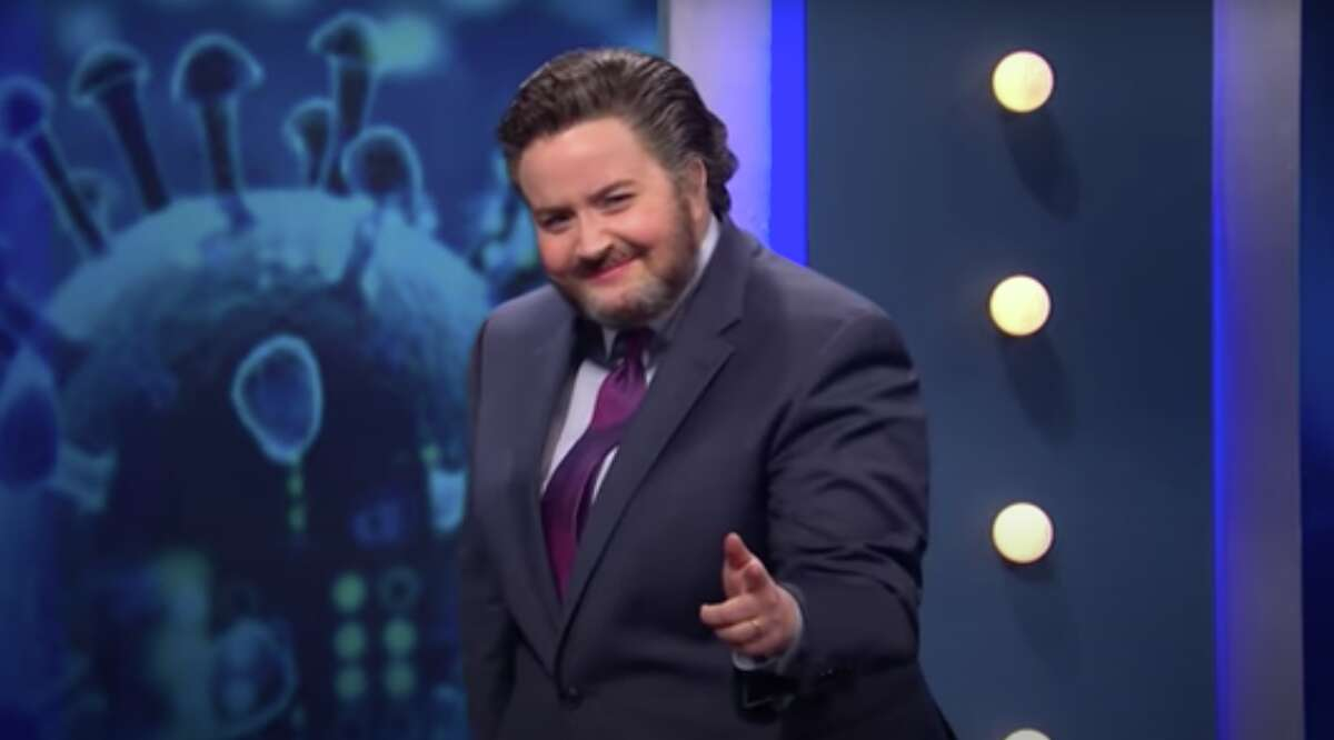 """Aidy Bryant as Ted Cruz on """"So You Think You Can Get the Vaccine."""""""