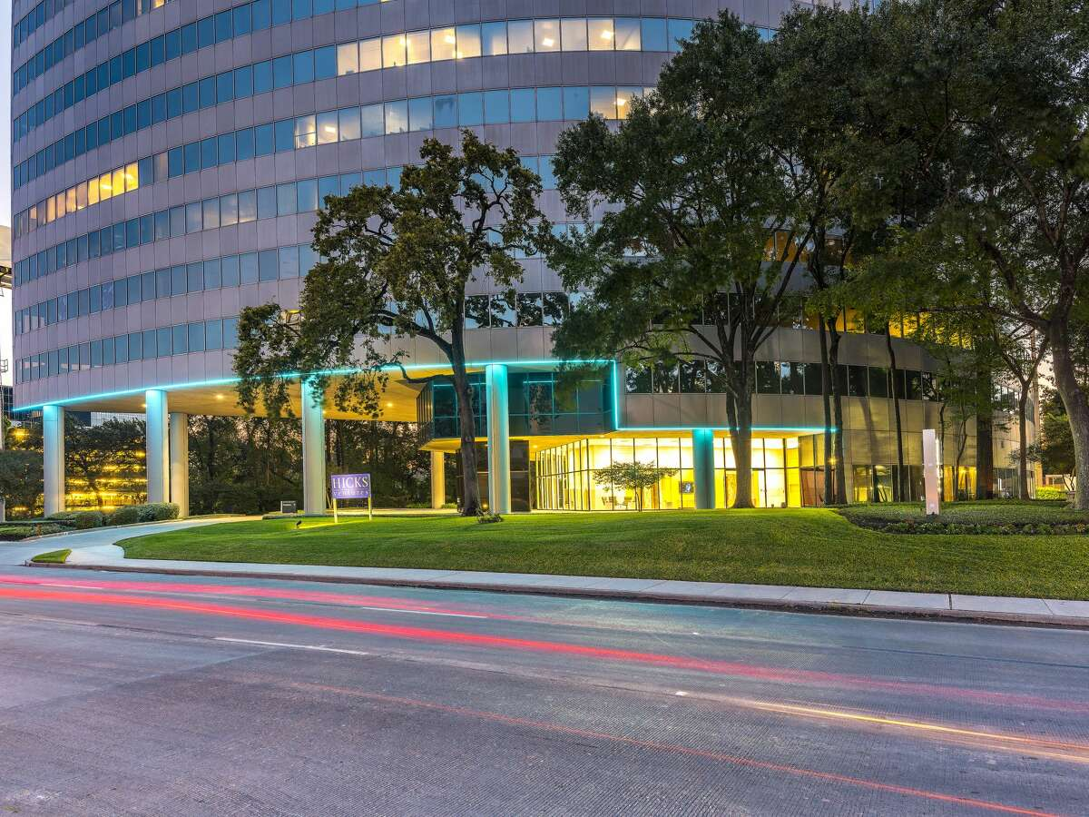 The 18-story office building at 1177 W. Loop South is owned by Hicks Ventures and Taconic Capital. Transwestern Real Estate Services has been hired to handle office leasing.