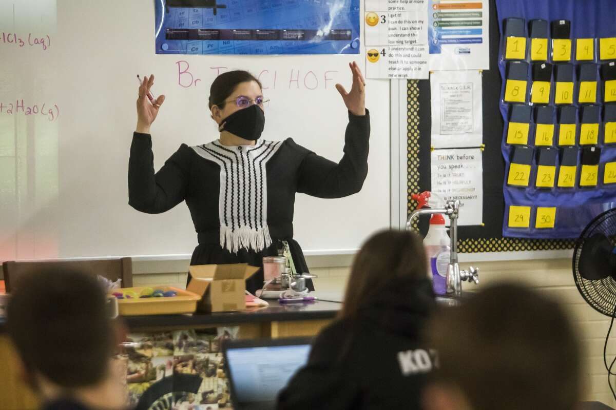 Patty Sawicki, a chemistry teacher at Bullock Creek High School, teaches class dressed as Marie Curie Monday, March 1, 2021 as staff and students celebrate Women's History Month with a scavenger hunt. Notable figures represented include Ruth Bader Ginsburg, Frida Kahlo, Eleanor Roosevelt and fifteen others. (Katy Kildee/kkildee@mdn.net)