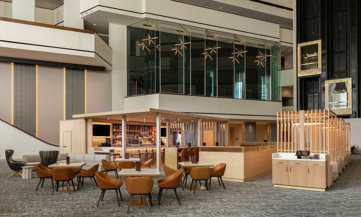 The lobby bar reimagined LobbiBar The Hyatt Regency Houston took advantage of a quieter 2020 to do remodeling in its guest rooms, corridors, lobby, meeting venues, restaurants and public spaces. Renovations include a new look for the LobbiBar.