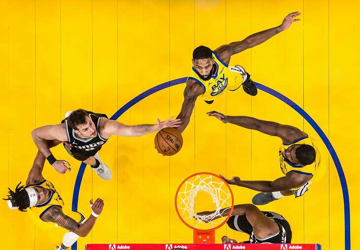 Brad Wanamaker (10) puts up a shot in the first half as the Golden State Warriors played the Sacramento Kings at Chase Center in San Francisco, Calif., on Monday, January 4, 2021.