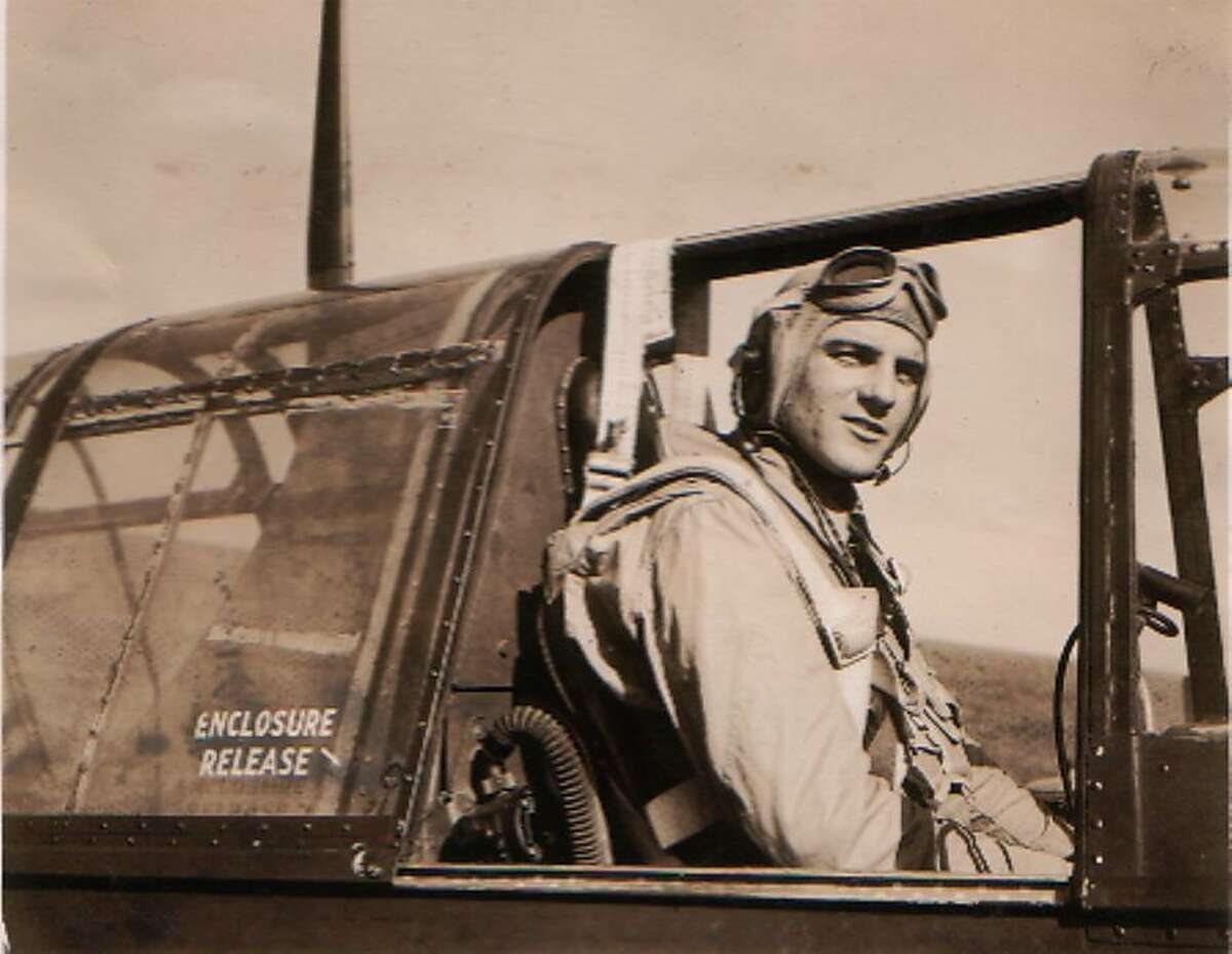Ken Casanega was a member of the 1946 49ers after he served as a Naval aviator during World War II.